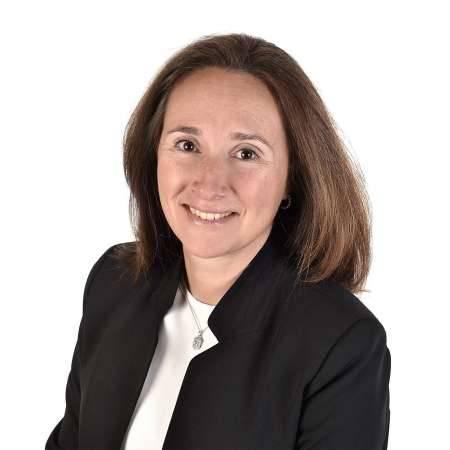 ELISABETH : Directeur Export / Business Development International