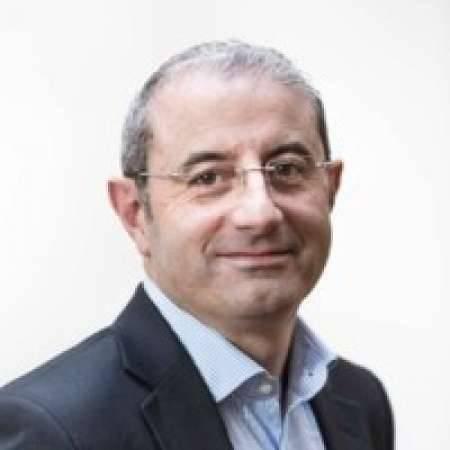 "Stéphane Schriqui : DIRECTEUR COMMERCIAL «ANIMER, DEVELOPPER ET GERER"""
