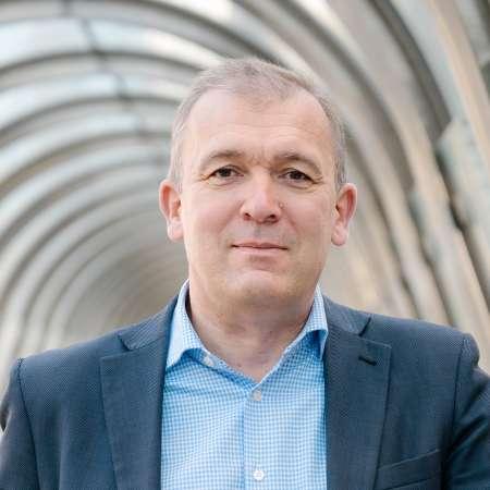 Benoît : Directeur Général/Commerce et Marketing