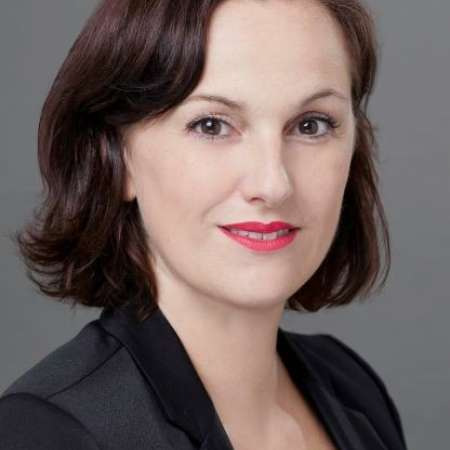 Lucie : Consultant Senior Business Strategy & Transformation