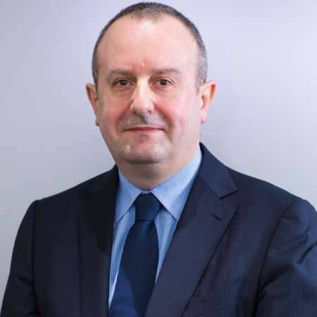 Pascal : Directeur Général