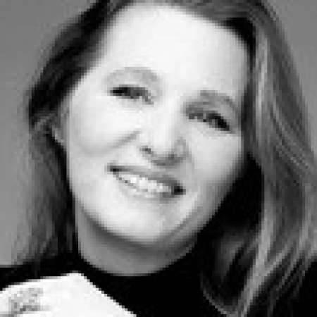 Sophie : Directeur Marketing   Spécialiste redynamisation