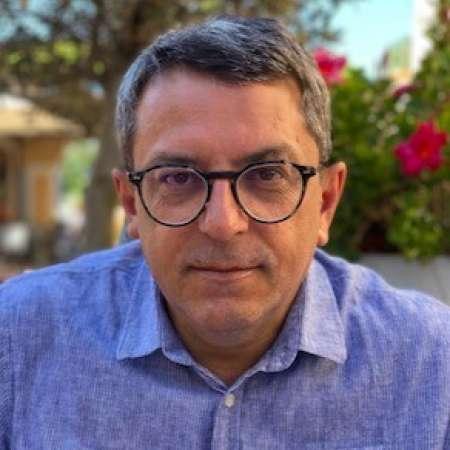 Miguel : Directeur Commercial, Directeur de Projet