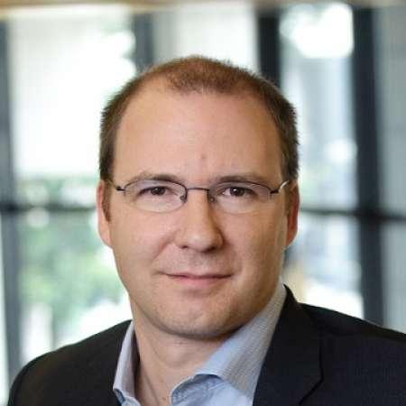 Denis : Expert Digital Transformation - Innovation - Startup - New Business