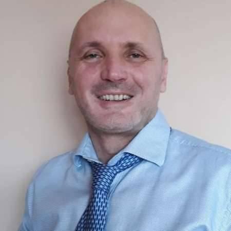 jean francois : directeur d'usine