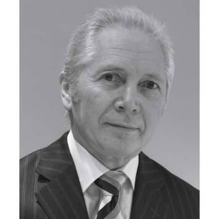 Jean-Pierre : Directeur Général de transition