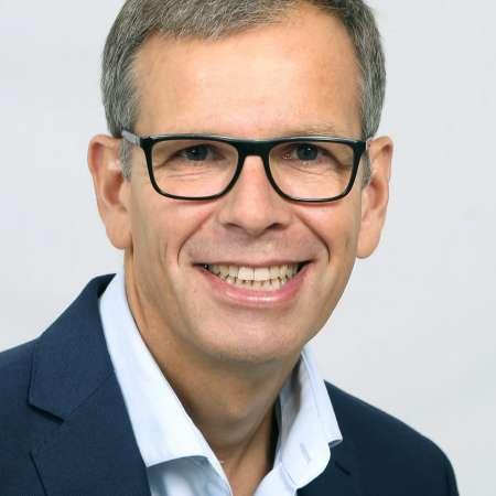 Pascal : Directeur général Industriel et commercial, Direction de BU/filiale Industrielle, Direction d'usine