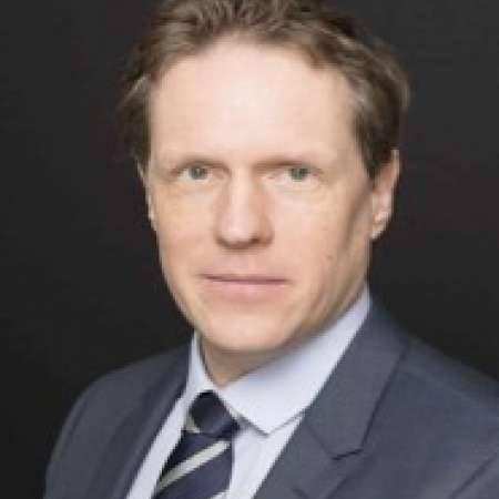 Manager directeur général,Finances