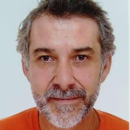 Arnaud : Directeur Général ou Marketing