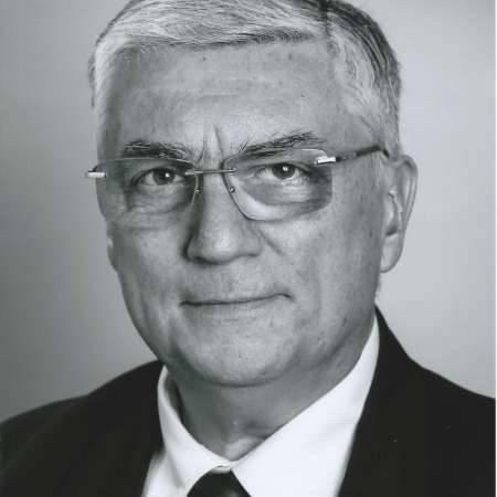 Philippe : Directeur de Transition => Direction Générale, Filiale, Régionale, Exploitation, Projets.