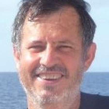 Lionel : DIRECTEUR GENERAL