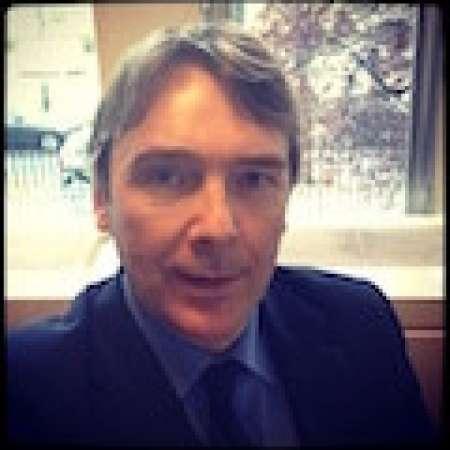 Gilles : Manager de transition Finance