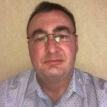 Jean-Christophe : Directeur Administratif et Financier