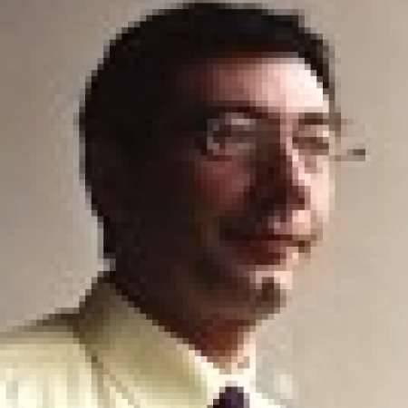Eric : Directeur Qualité & Amélioration continue - PMO