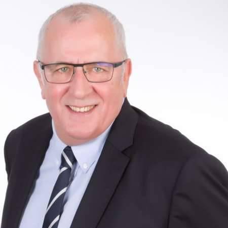 Didier : Directeur usine Directeur des operations