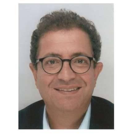 Michel : Directeur Juridique / Business et Développement