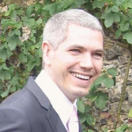 Julien : Directeur en Marketing digital