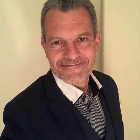 Jean-François : +30 ans d'expérience en création d'entreprise dans les services d'ingénierie informatique et financière. Fédérateur d'équipes à