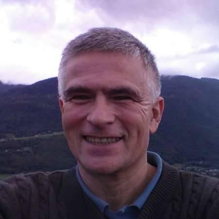 Ludovic : Chef de projet généraliste - Expert en mécanique nucléaire